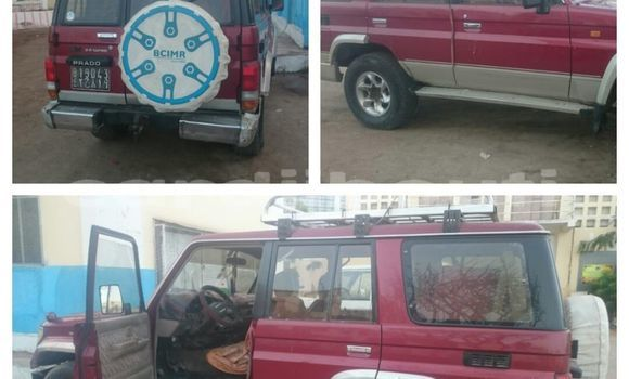 Acheter Occasions Voiture Toyota Land Cruiser Prado Rouge à Djibouti au Djibouti Region