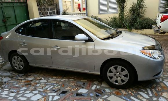 Acheter Occasions Voiture Hyundai Elantra Gris à Djibouti au Djibouti Region