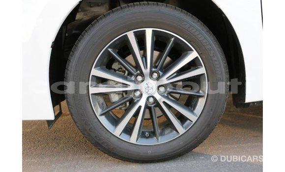 Acheter Importé Voiture Toyota Corolla Blanc à Import - Dubai, Ali Sabieh Region