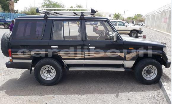 Acheter Occasions Voiture Toyota Prado Noir à Djibouti au Djibouti Region
