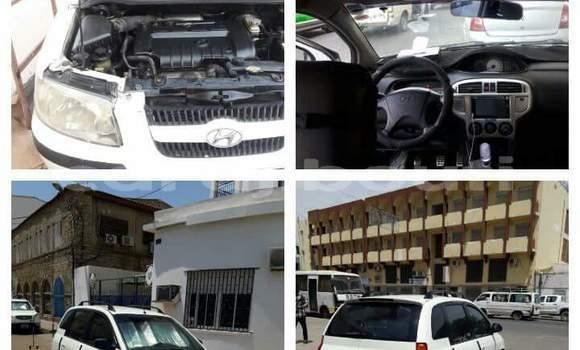 Acheter Occasions Voiture Hyundai Matrix Blanc à Djibouti au Djibouti Region