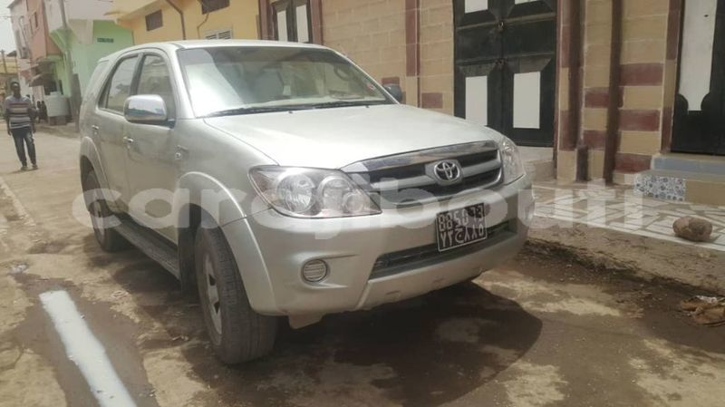 Big with watermark toyota fortuner 71210