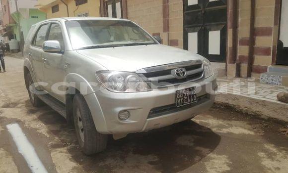 Acheter Occasion Voiture Toyota Fortuner Gris à Djibouti, Djibouti Region