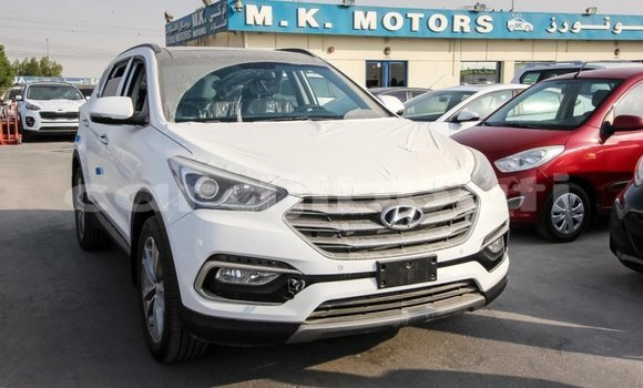 Medium with watermark hyundai santa fe ali sabieh region import dubai 1503