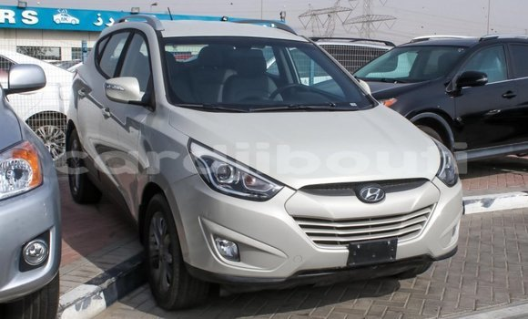Medium with watermark hyundai tucson ali sabieh region import dubai 1542