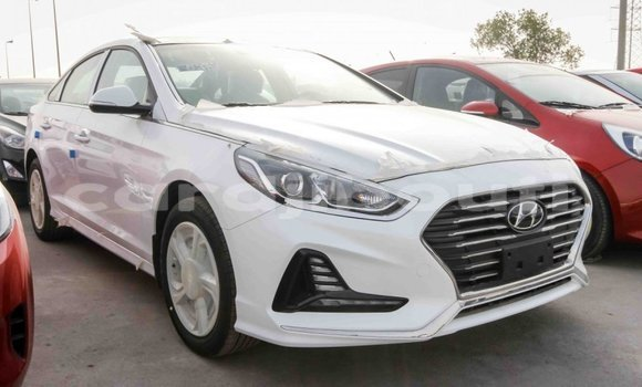 Medium with watermark hyundai sonata ali sabieh region import dubai 1576