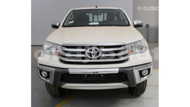 Big with watermark toyota hilux ali sabieh region import dubai 2196