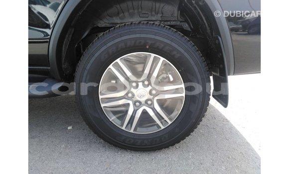 Acheter Importé Voiture Toyota Fortuner Noir à Import - Dubai, Ali Sabieh Region