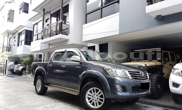 Acheter Occasion Voiture Toyota Hilux Vert à Dikhil, Dikhil
