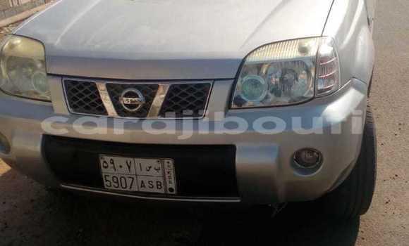 Acheter Importé Voiture Nissan X-Trail Gris à Djibouti, Djibouti Region