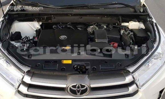 Acheter Importé Voiture Toyota Highlander Blanc à Import - Dubai, Ali Sabieh Region