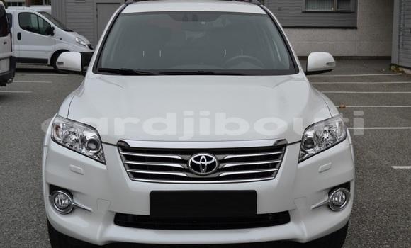 Acheter Occasion Voiture Toyota RAV4 Blanc à Djibouti, Djibouti Region