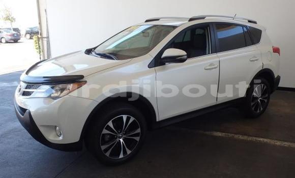 Acheter Occasion Voiture Toyota RAV4 Vert à Djibouti, Djibouti Region