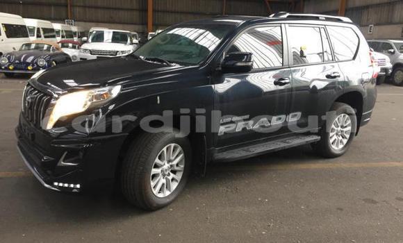 Acheter Occasion Voiture Toyota Land Cruiser Prado Blanc à Djibouti, Djibouti Region