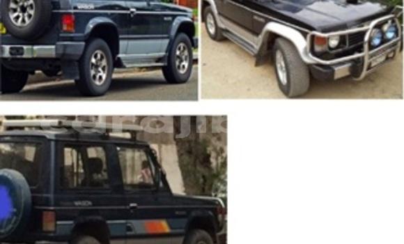 Acheter Occasions Voiture Mitsubishi Pajero Noir à Alaili Dadda au Obock