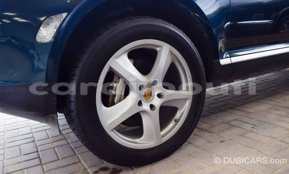 Acheter Importé Voiture Porsche Cayenne Vert à Import - Dubai, Ali Sabieh Region