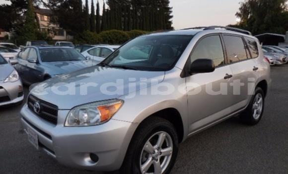 Acheter Importé Voiture Toyota RAV4 Gris à Djibouti, Djibouti Region