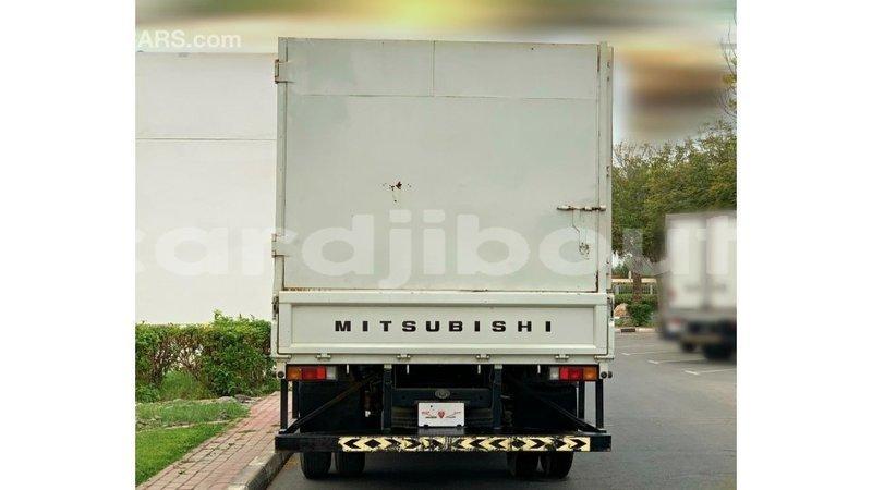 Big with watermark mitsubishi carisma ali sabieh region import dubai 3939
