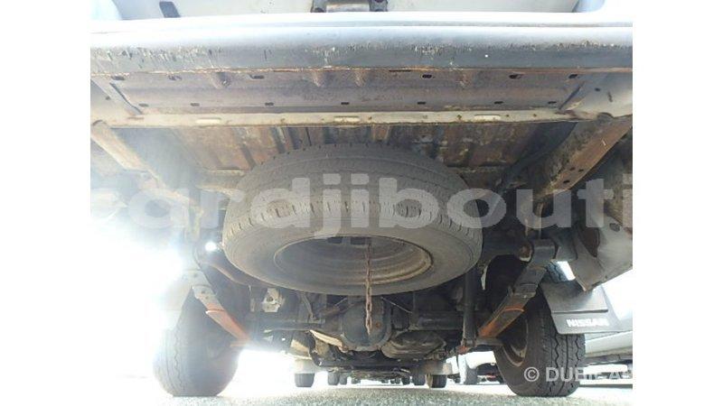 Big with watermark nissan caravan ali sabieh region import dubai 4024