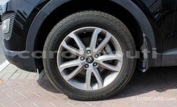 Acheter Importé Voiture Hyundai Santa Fe Noir à Import - Dubai, Ali Sabieh Region