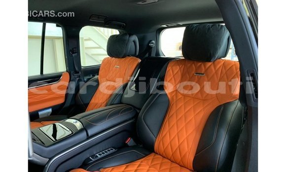 Acheter Importé Voiture Lexus LX Noir à Import - Dubai, Ali Sabieh Region