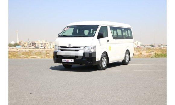 Acheter Importé Voiture Toyota Hiace Blanc à Import - Dubai, Ali Sabieh Region