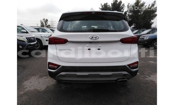 Acheter Importé Voiture Hyundai Santa Fe Blanc à Import - Dubai, Ali Sabieh Region