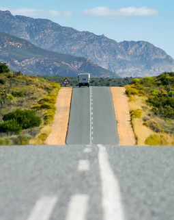 Thumb garden route asphalt road nowhere journey trip horizon route 62 791702.jpg d